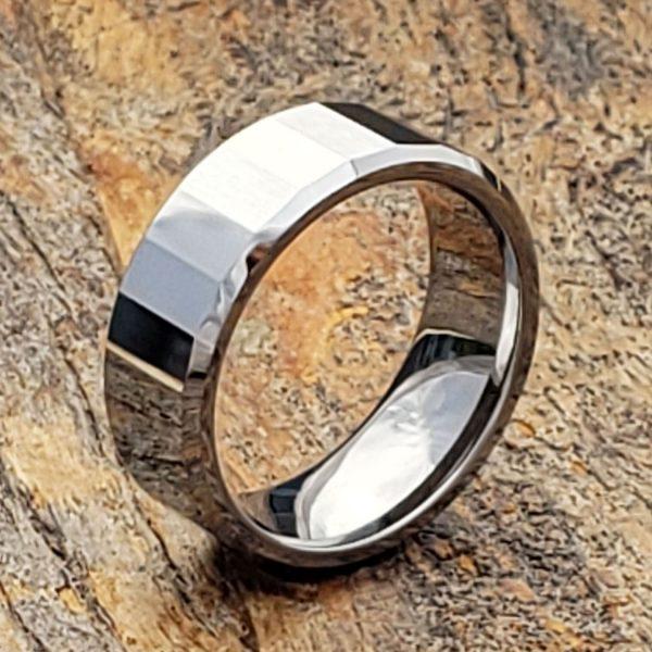 oblong-rectangular-facet-tungsten-rings