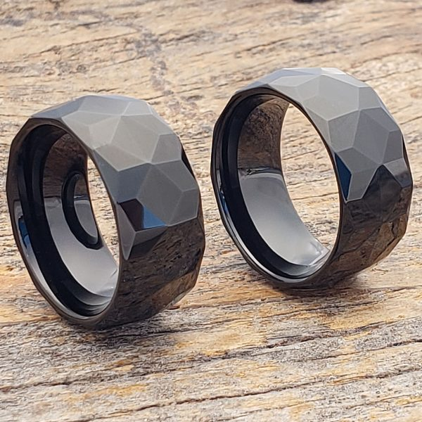 pavo-black-mens-faceted-10mm-rings