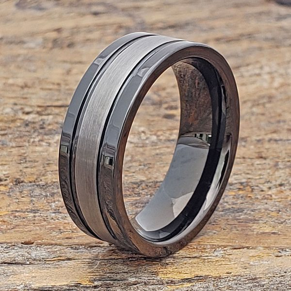 serpico-black-dual-grooved-tungsten-ring