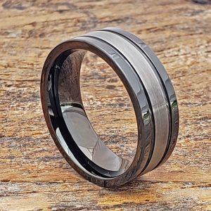 serpico-black-dual-grooved-tungsten-rings