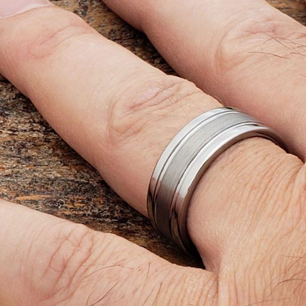 serpico-brushed-womens-8mm-tungsten-ring