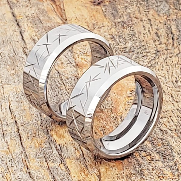 thorns-10mm-mens-beveled-carved-rings