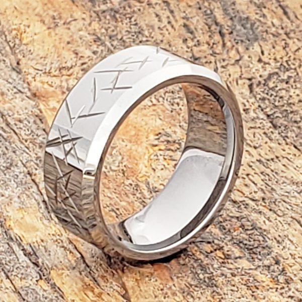 thorns-mens-beveled-10mm-carved-rings