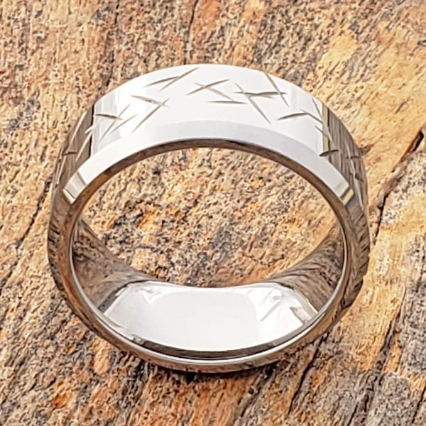 thorns-mens-beveled-carved-10mm-rings