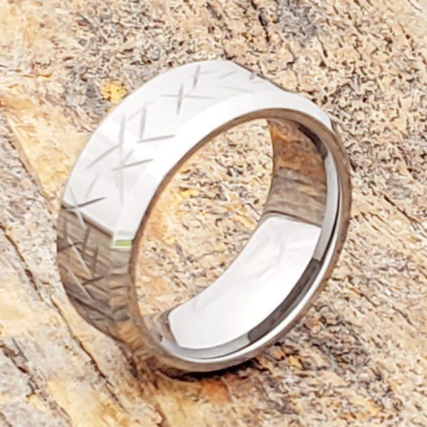 thorns-polished-9mm-mens-beveled-carved-rings