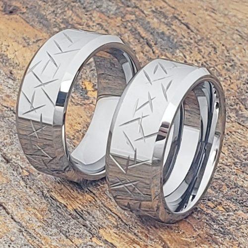 Thorns Polished Men's Beveled Carved Rings