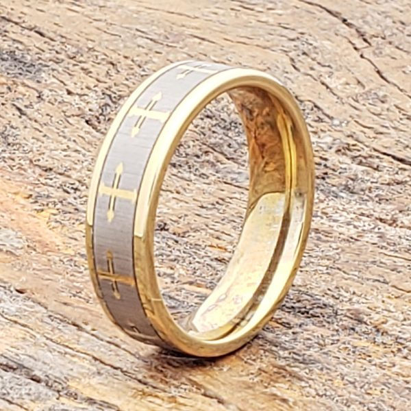 trinity-flat-gold-6mm-cross-rings