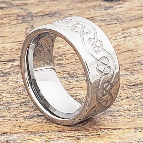 ursa-knotwork-10mm-heart-rings