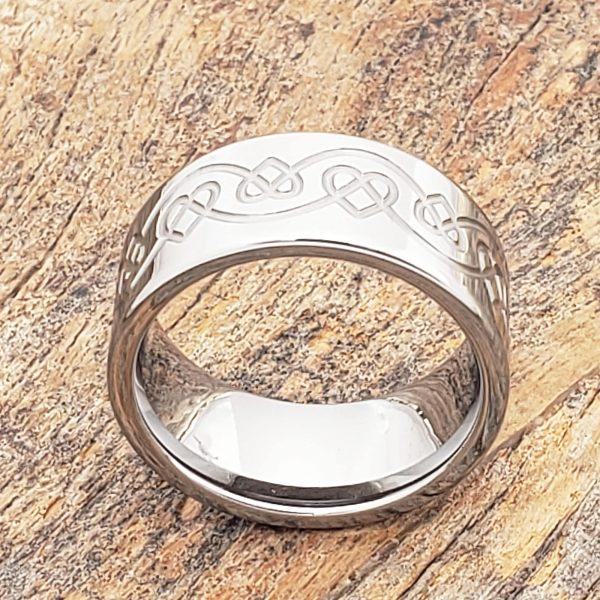 ursa-knotwork-heart-rings-10mm