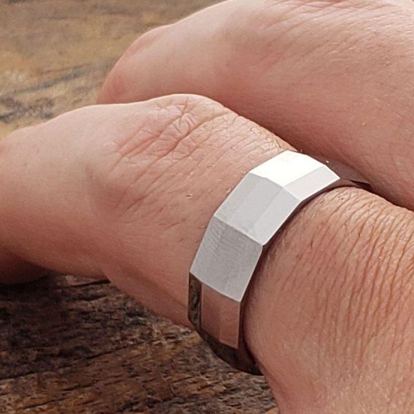 vega-diagonal-mens-7mm-faceted-tungsten-rings