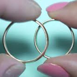 what are titanium rings